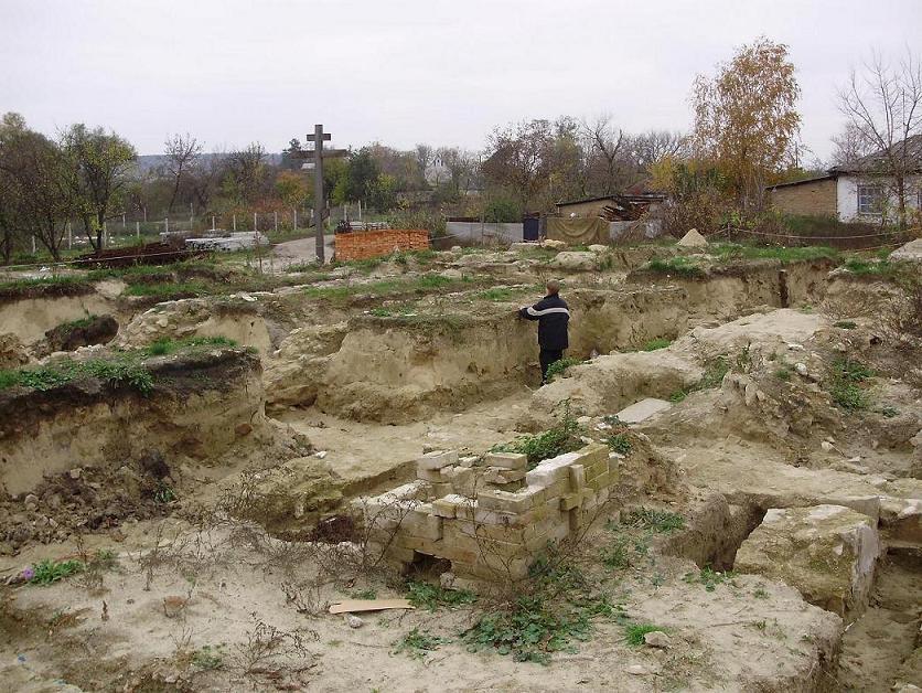 Чигиринский_монастырь_фундамент