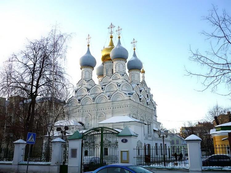 Церковь Николая Чудотворца в Пыжах_Вид с ул_Малая Ордынка