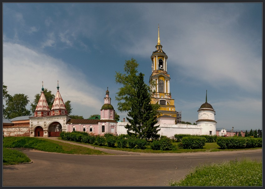 Ризоположенский_женский_монастырь_Суздаль