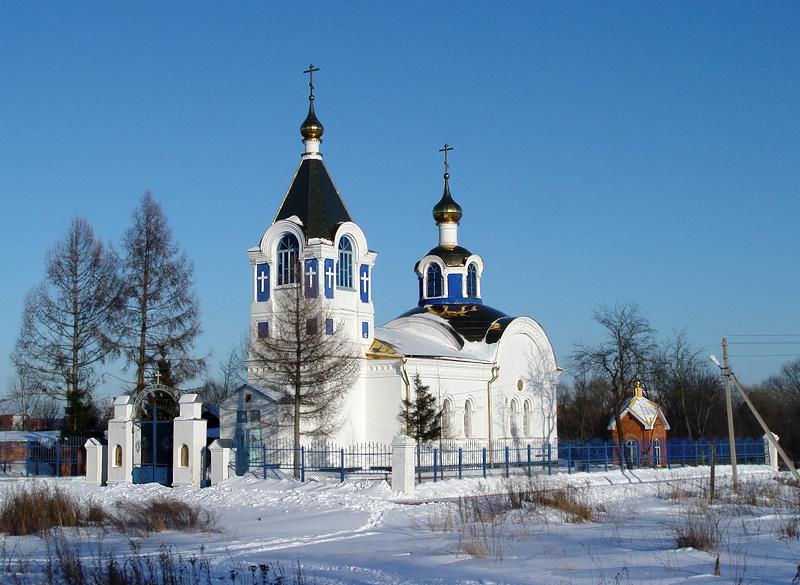 Церковь Михаила Архангела в селе Карпово, где служил священномученик Андрей Вознесенский