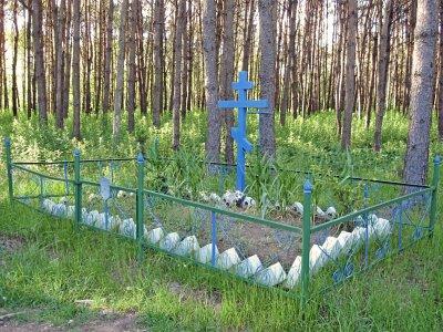 братская могила солдат 1-й мировой войны Лавришевский монастырь