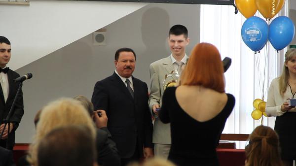 Моё награждение 22.01.15 мэром г. Королёва за победу в номинации Лучший студент года (2014) ККМТ (ФТА).