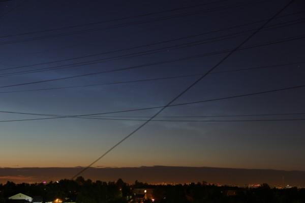 Серебристые облака в ночь с 13 на 14 июня 2016 года, над Москвой.