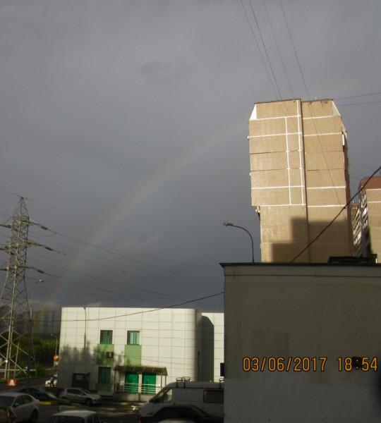 Радуга в небе над Москвой, накануне дня Святой Троицы.