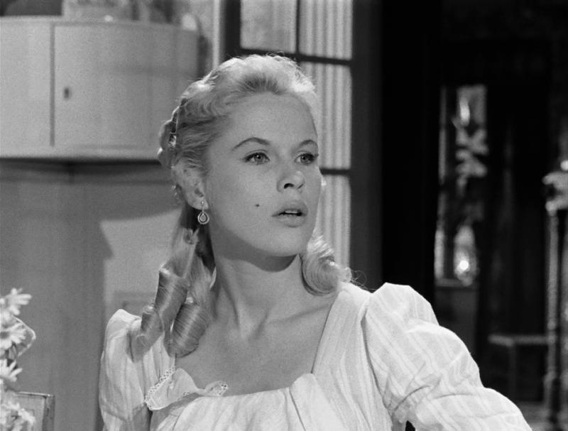 Земляничная поляна. 1957. Рейтинг фильма - 10,250, 29-е место в Золотой Тысяче.