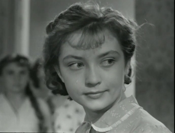 Дом, в котором я живу. Режиссёры Лев Кулиджанов и Яков Сегель, 1957. Рейтинг фильма - 8,054, 644-е место в Золотой Тысяче.