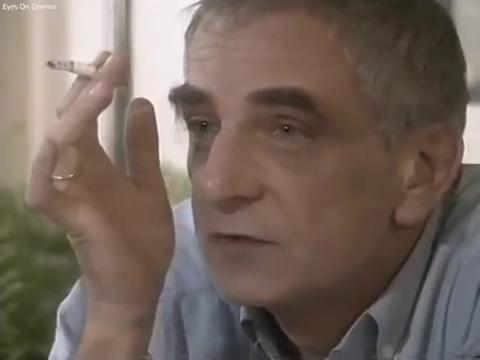 Кшиштоф Кесьлёвский во время интервью, одновременно мастер-класса, в 1994 году.