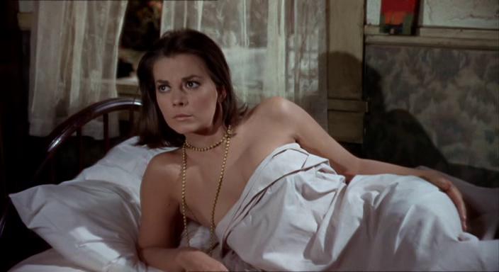 На слом! Режиссёр Сидни Поллак, 1966. Натали - 28 лет.