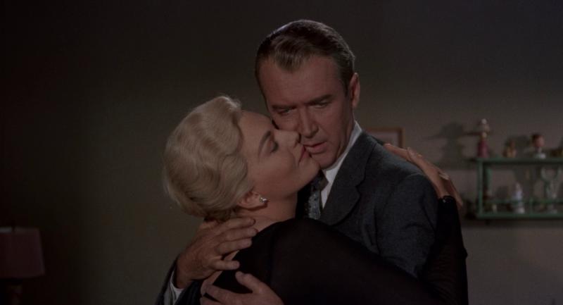 Головокружение. 1958 год. Рейтинг фильма - 8,555. 300-е место в Золотой Тысяче.