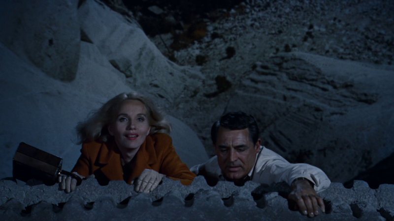 На север через северо-запад. 1959 год. Рейтинг фильма - 8,552. 302-е место в Золотой Тысяче.