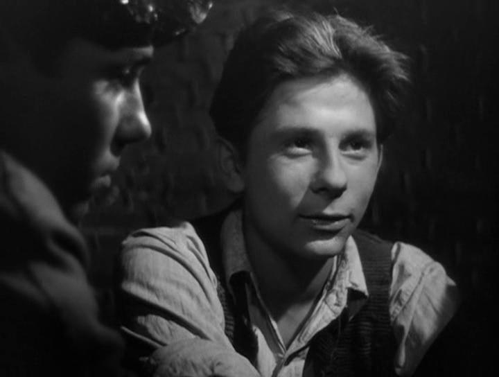 """Роман Полански в фильме """"Поколение"""". 1954. Режиссёр фильма Анджей Вайда."""