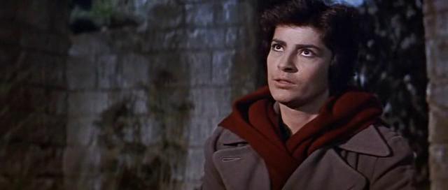 Пушки острова Наварон. 1961 год. Режиссёр Джон Ли Томпсон.