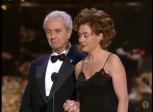 Микеланджело Антониони во время вручения почётной премии Оскар, 1995 год.