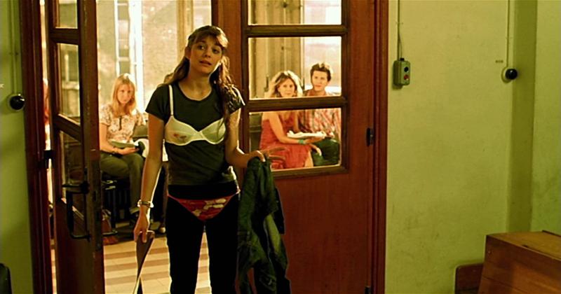 Влюбись в меня, если осмелишься. 2003. Режиссёр Ян Самюэль.