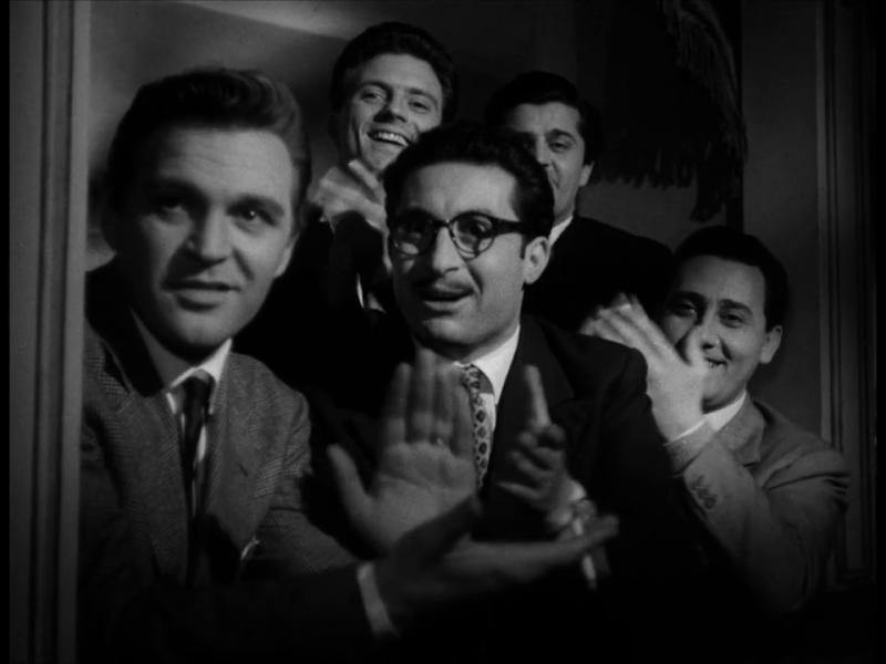 Маменькины сынки. 1953. Рейтинг фильма - 7,951. 789-е место в Золотой Тысяче.