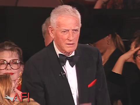 Стэнли Крамер на 20-й церемонии награждения AFI Life Achievement Award: награждается Сидни Пуатье (1992)