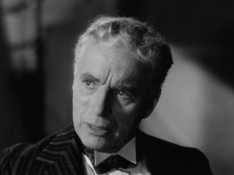 Огни рампы. 1952. Рейтинг фильма - 8,285; 416-е место в Золотой Тысяче.