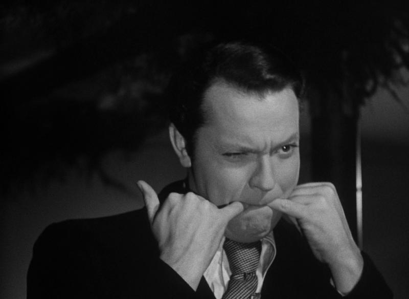"""Орсон Уэллс в своем фильме """"Гражданин Кейн"""". 1941. Рейтинг фильма - 8,232, 453-е место в Золотой Тысяче."""