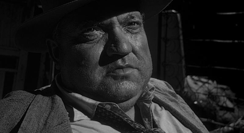 """Орсон Уэллс в своем фильме """"Печать зла"""". 1958. Рейтинг фильма - 7,966, 762-е место в Золотой Тысяче."""