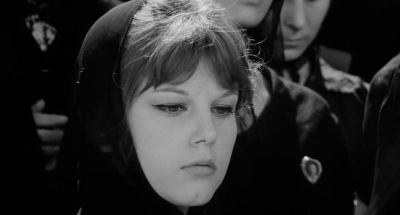 Соблазнённая и покинутая. Режиссёр Пьетро Джерми. 1963. Рейтинг фильма 8,065. 627-е место в Золотой Тысяче.