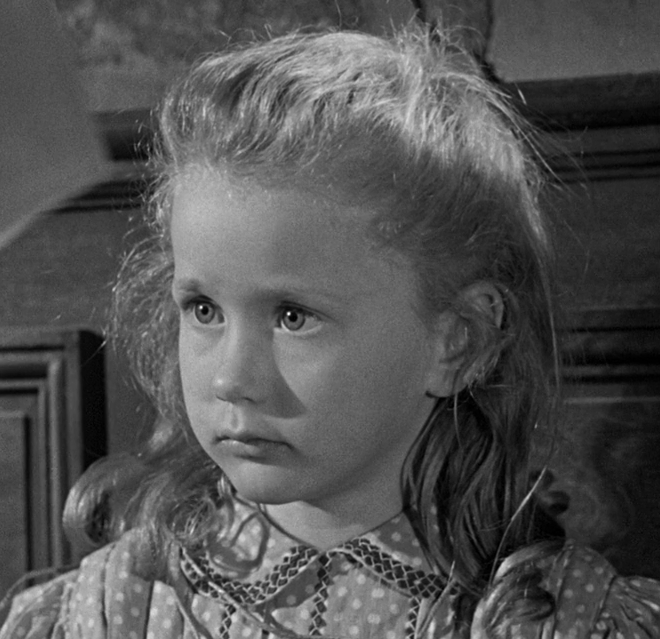 Запрещённые игры. Режиссёр Рене Клеман, 1952. Рейтинг фильма - 10,071, 39-е место в Золотой Тысяче.