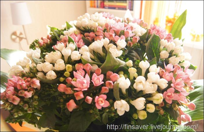 день рождения цветы праздник подарки