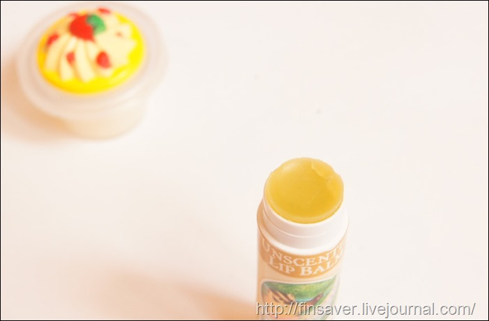 Pacifica Perfumes Inc, Natural Soap, Brazilian Mango Grapefruit, 6 oz (170 g)Badger Company, Organic Lip Balm, Unscented, .15 oz (4.2 g) бальзам для губ гигиеничка натуральный состав на маслах отличное увлажнение питание маленький расход натуральное мыло на маслах и эфирных аромат дешево органика шруки iherb.com отзывы купон на скидку в 10$ инструкция как сделать заказ акции скидки   косметика БАДы витамины