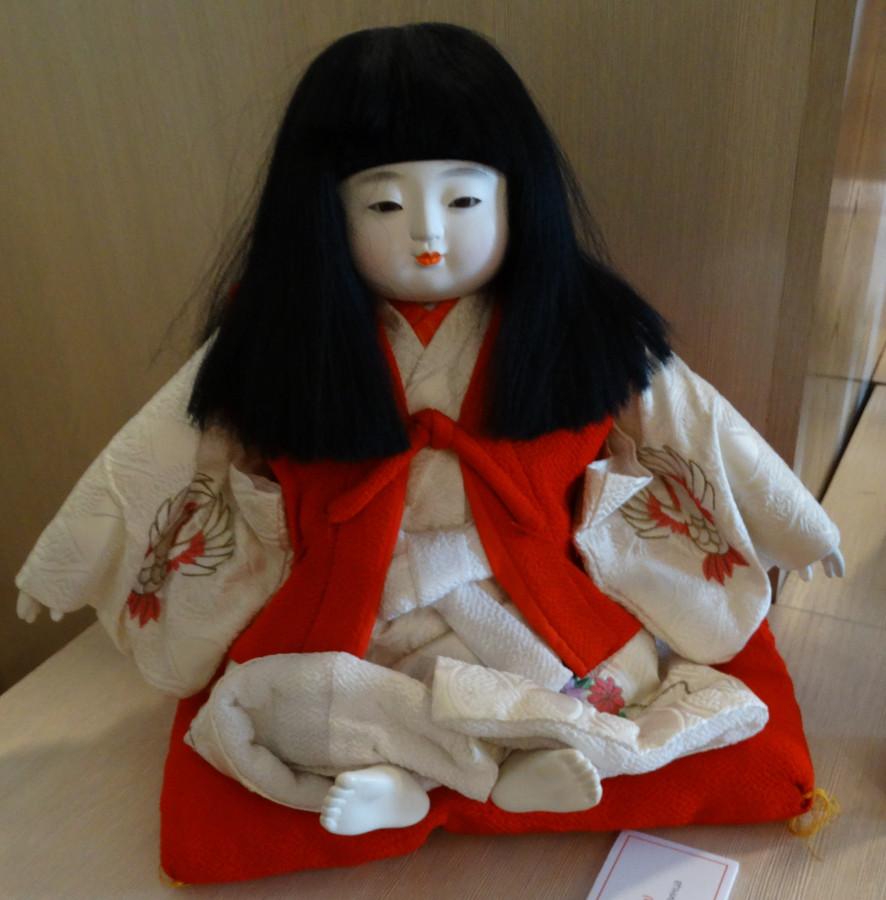 известная японская кукла фото странице