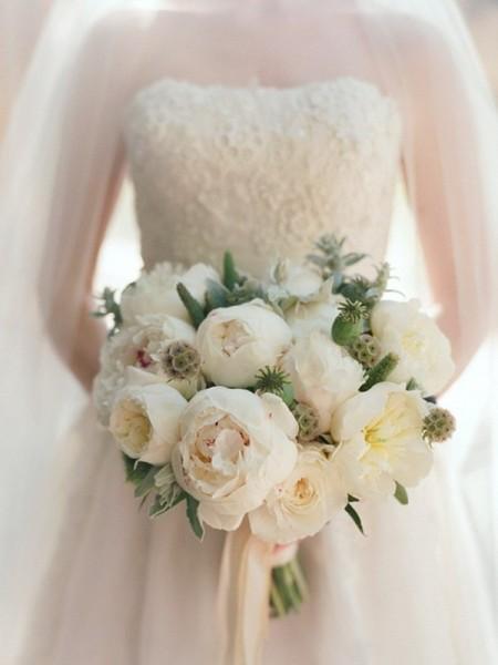 Букеты на свадьбу из пионов