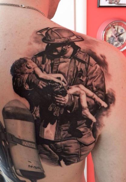 Варианты татуировок на пожарную тему | 600x417