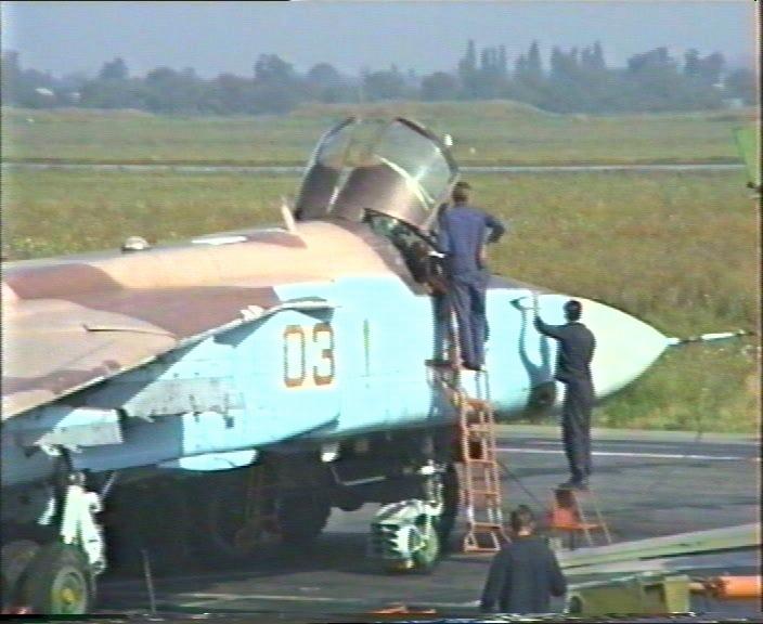 الطائرة المقاتلة المتعددة المهام السو-24  (SU – 24 (Sukhoi 00055rf4