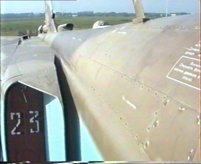 الطائرة المقاتلة المتعددة المهام السو-24  (SU – 24 (Sukhoi 00056gy0
