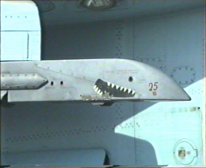 الطائرة المقاتلة المتعددة المهام السو-24  (SU – 24 (Sukhoi 000582p7