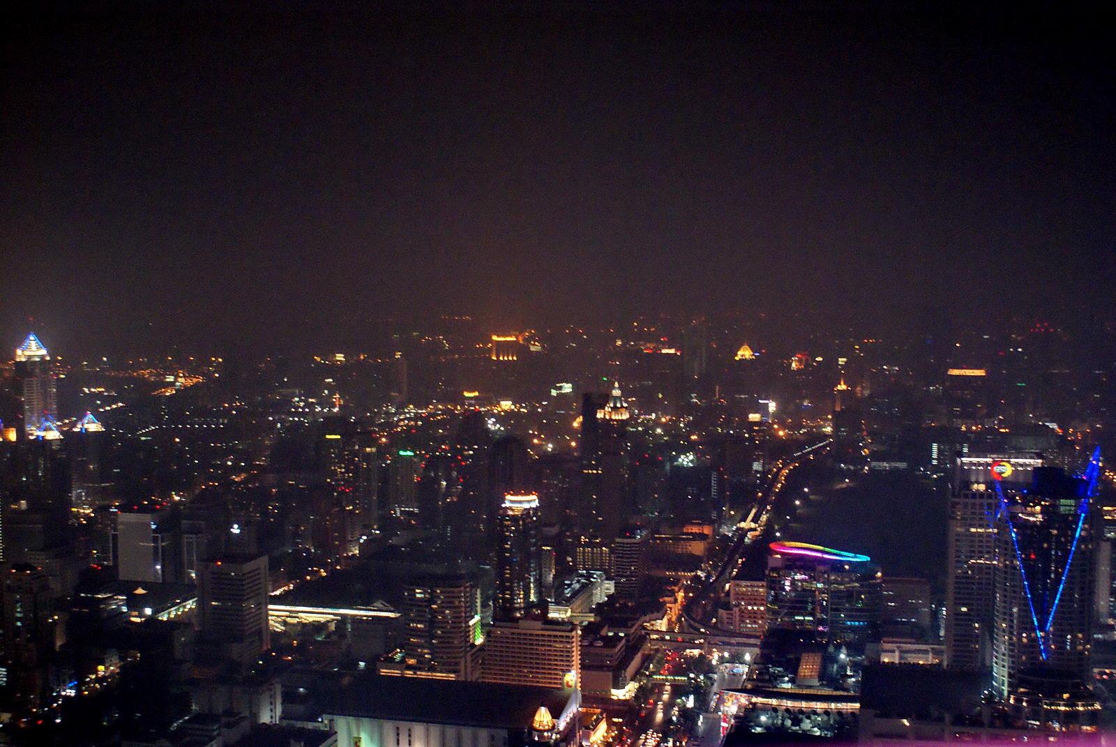 нем всегда фото ночного бангкока с самолета образе сестры милосердия