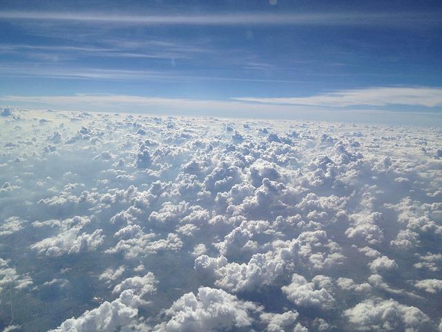 clouds-330768_640