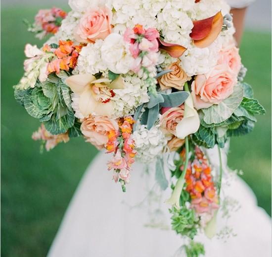 cascade-bouquet-wedding-980x518