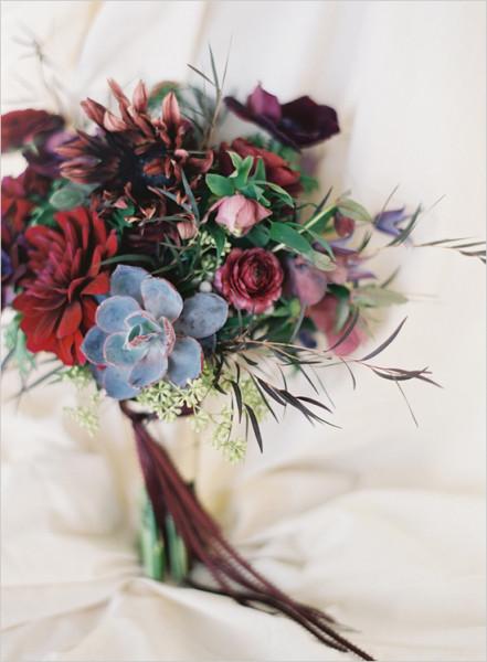darkweddingflowers1