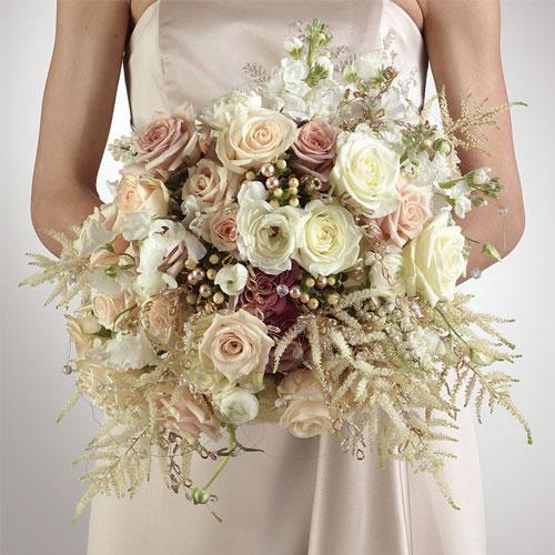 Polar-Star-Bridal-Bouquet