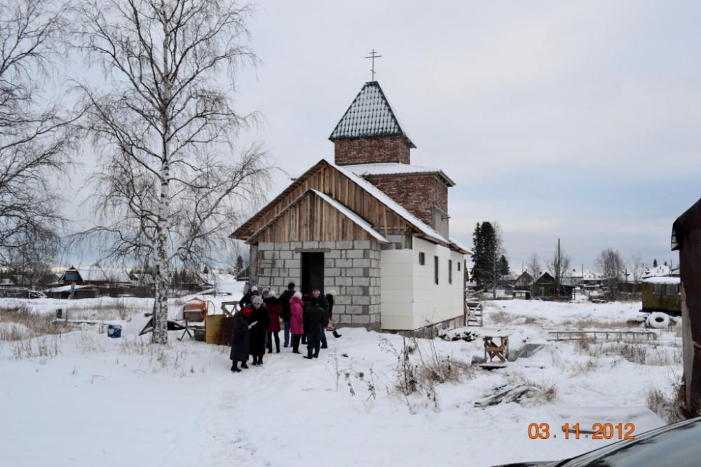 11. Храм в Путейце ноябрь 2012