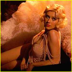 christina-aguilera-new-burlesque-still