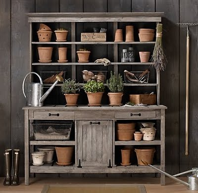 potting bench - gardening bench station - garden - pots - flowers - plants via pinterest11