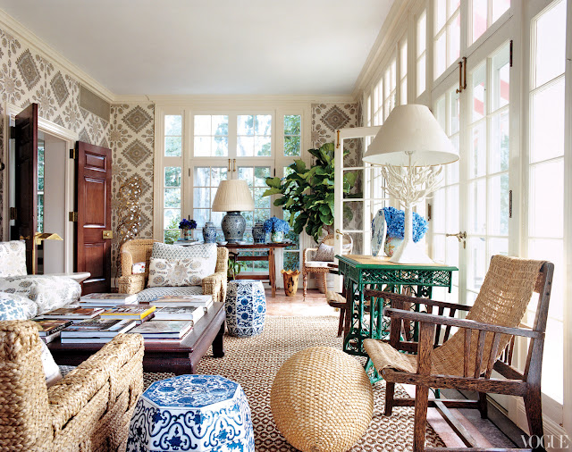 tory-burch-cococozy-vogue-sun-room-solarium-woven-chairs-blue-white-chinese-garden-stools-quadrille-linens
