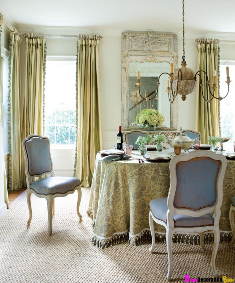 Suzy-q-better-decorating-bible-blog-ideas-long-tablecloth-drooping-suzani-print-dining-table-makeover-how-to-invest-designers-secrets-chic-cheap-budget-friendly-outdoor-Louis-xvi-dining-chairs-blue