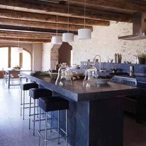 Provence-house-5_e_162dcf0e02d38b5ec8ab69babc9f7d1b