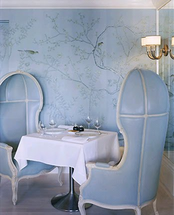 wallpaper-berkdorf_goodman_canopy_chair_silk_painted_wallcovering