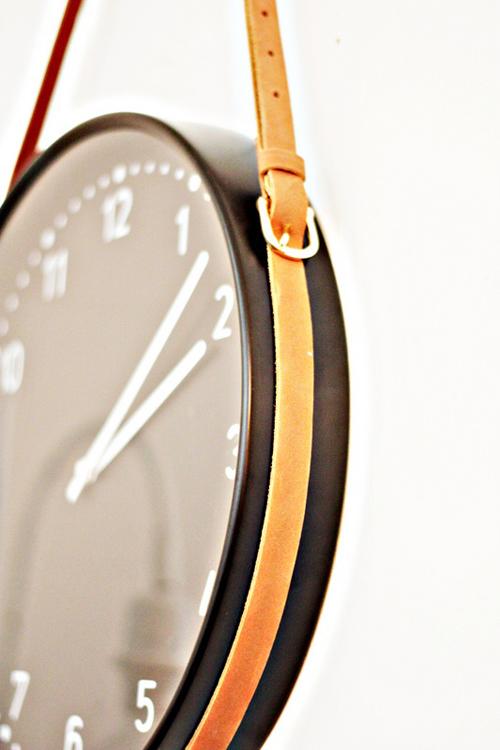 Briggs-DIY-HM-Ikea-Hay-Leather-belt-clock