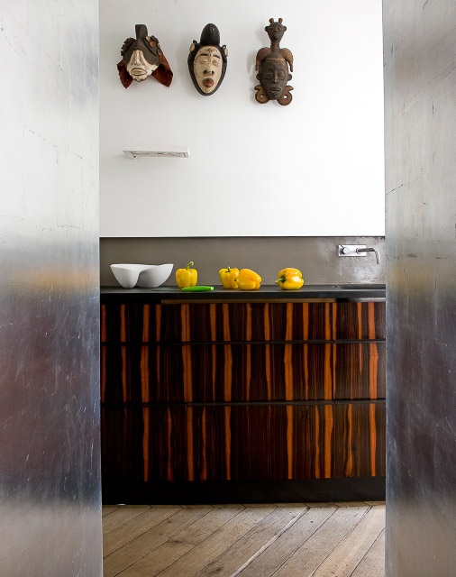 modern kitchen, african masks