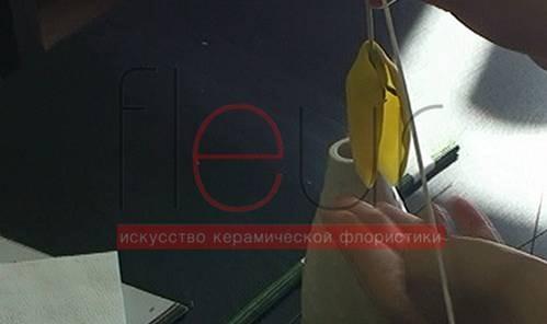 clip_image100[4]