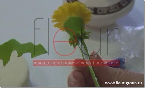 clip_image093