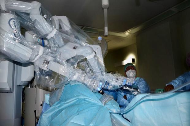 робот-ассист